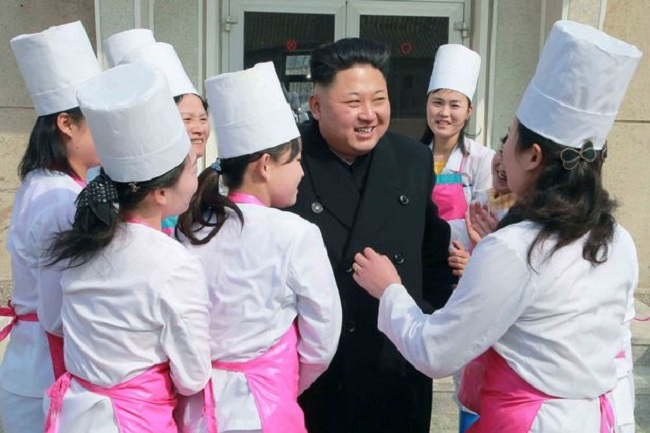 kim jong un with pleasure squad girls